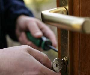 Lock Safe Services Portland, OR 503-716-1478